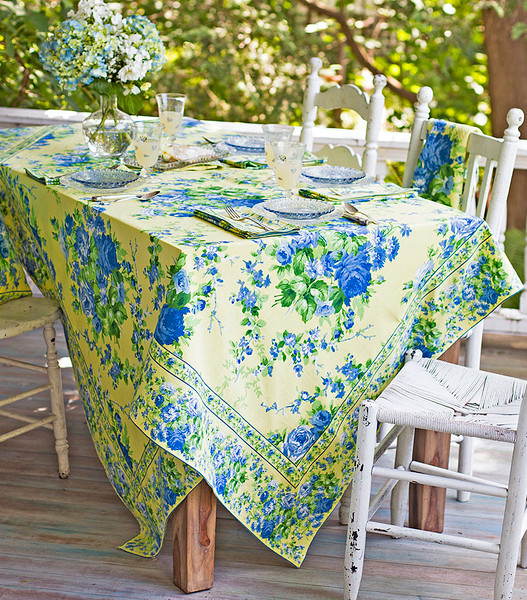 Lemon Cottage Rose Tablecloth