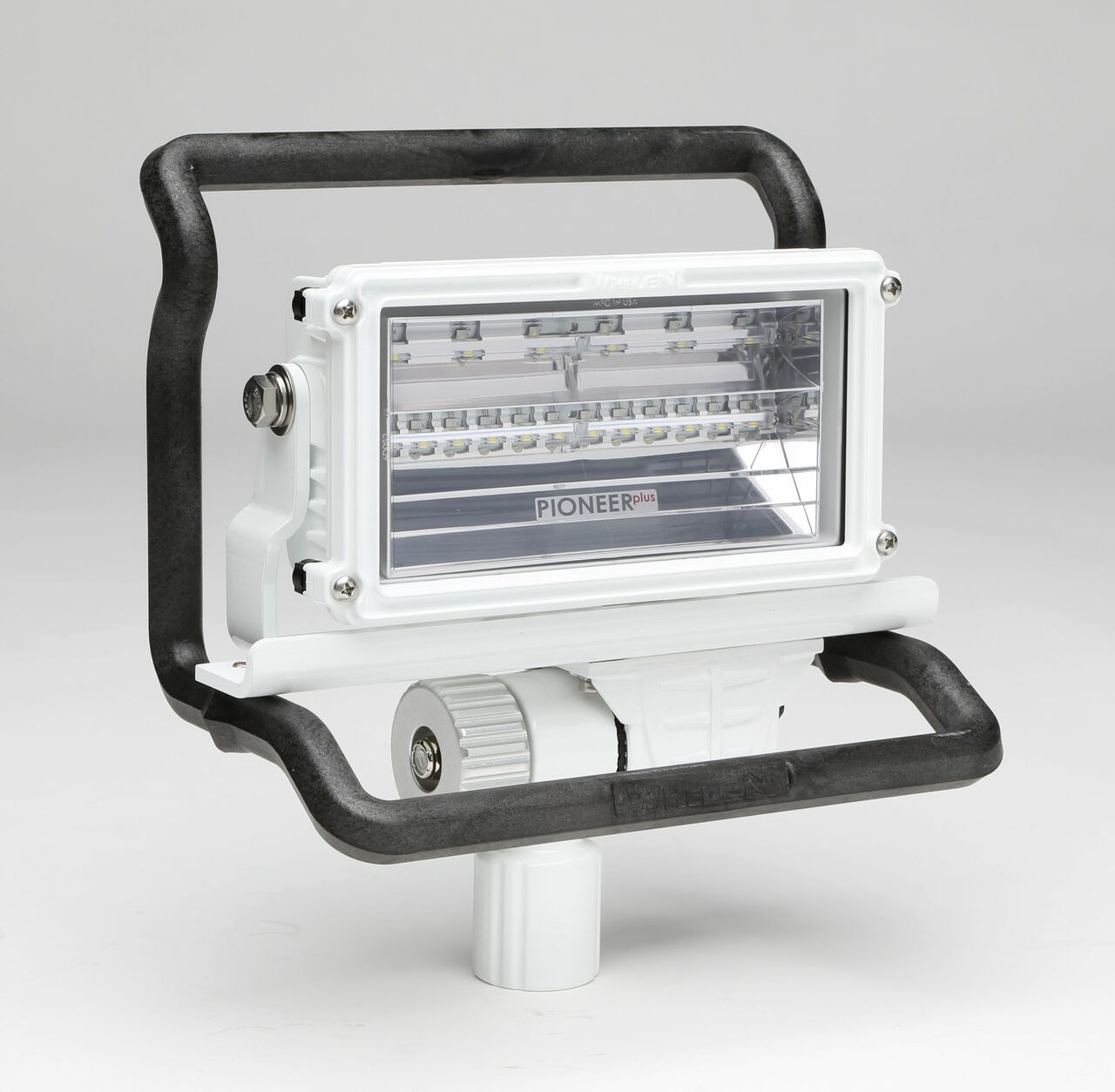 Pioneer And Pioneer Plus Series, Includes Handle And Pole/Pedestal Mount Adapter