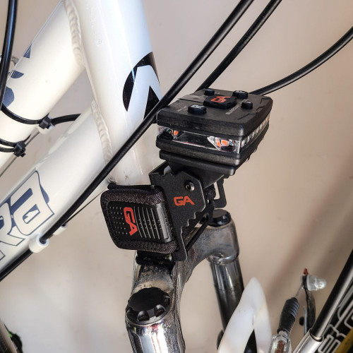Guardian Angel Rotatable Bike Strap Mount with Magnetic Mount