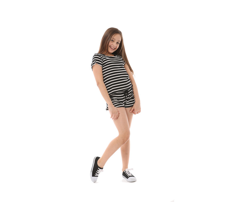 BLACK AND WHITE STRIPES SHORT SLEEVE WIDE TEE