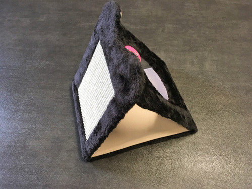 Foldable Scratching Tent