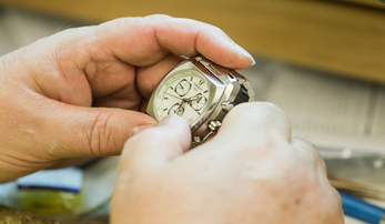 Why You Should Buy a Watch from an Authorized Dealer
