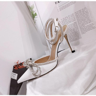 Bow Front Satin High Heels in White-1632410516