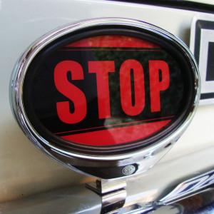 ILLUMINATED STOP SIGN