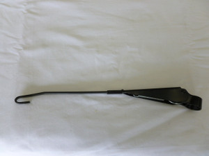 WIPER ARM SUPER BEETLE 73-79 LEFT