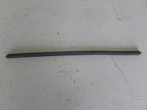 1/4 VENT FLAP SEAL VERTICAL ALL BEETLE -67