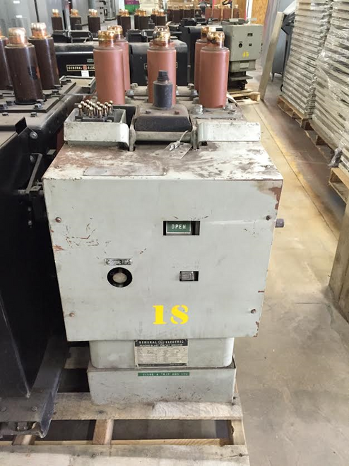 AM-2.4/4.16-150/250-3 GE Magne-Blast 2000A 4.76KV Air Circuit Breaker
