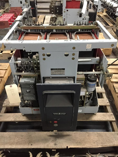 AKR-7D-100 GE 4000A EO/DO LSIG Air Circuit Breaker