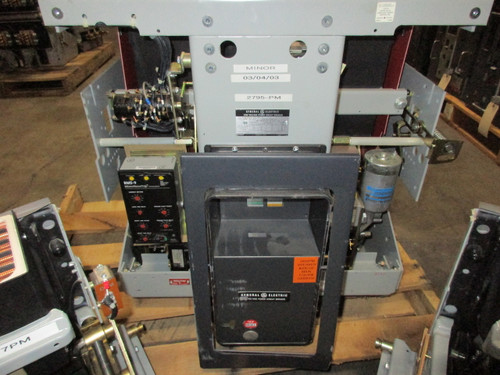 AKR-7F-75 GE 3200A EO/DO LSG Air Circuit Breaker