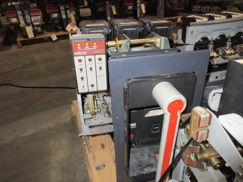 AKR-6D-50 GE 1600A MO/DO LSIG Air Circuit Breaker