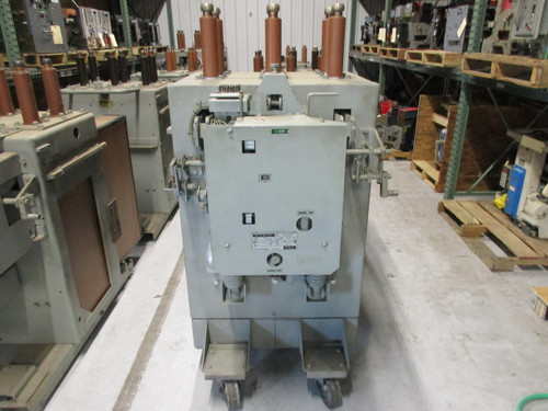 AM-13.8-750-5L GE Magne-Blast 1200A 15KV Air Circuit Breaker