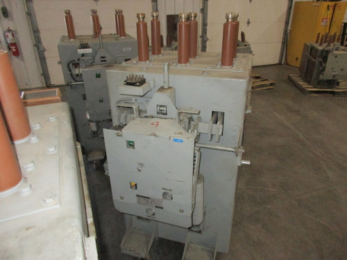 AM-13.8-750-4H GE Magne-Blast 1200A 15KV Air Circuit Breaker