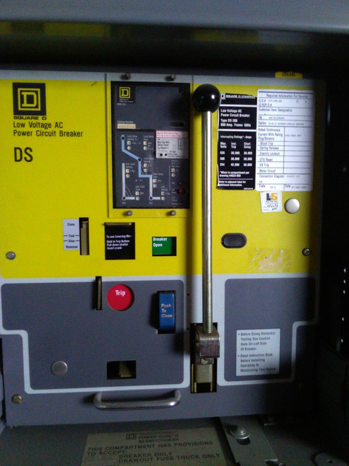 DS-206 Square D 800A MO/DO LSIG Air Circuit Breaker