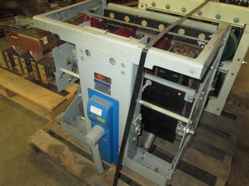 AKR-NA-75 GE 3000A MO/DO Air Circuit Breaker (No Trip Unit)