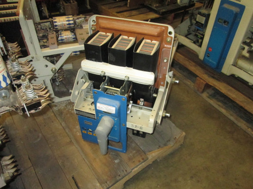 AKU-2A-25-1 GE 600A MO/DO 300A Fuses LSI Air Circuit Breaker
