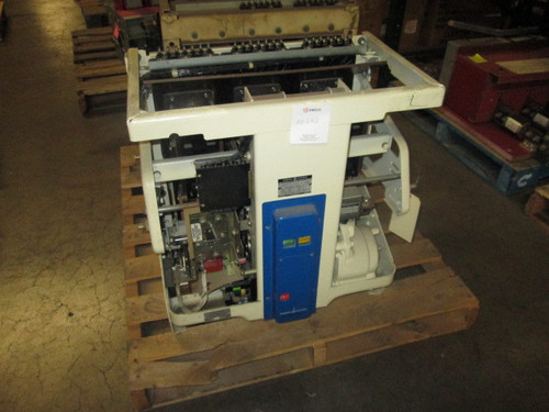 AK-5A-75 GE 3000A EO/DO Air Circuit Breaker (No Trip)