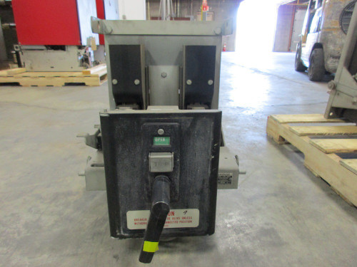 DB25 Westinghouse 600A MO/DO LI Air Circuit Breaker