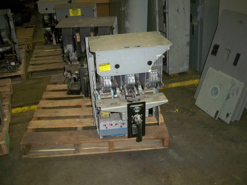 KC-G ITE 1600A MO/DO LI Air Circuit Breaker (Broken Front Top)
