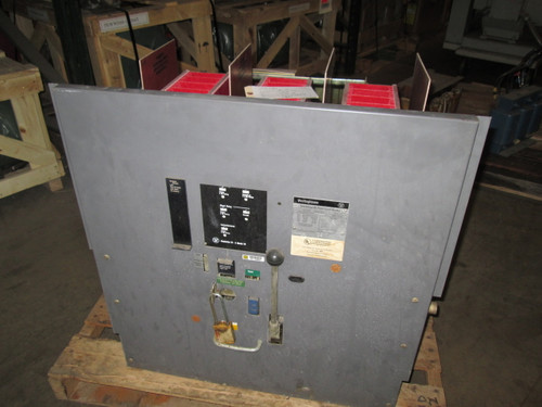 DS-840 Westinghouse 4000A EO/DO LSI Air Circuit Breaker (Broken Secondary Disconnects)