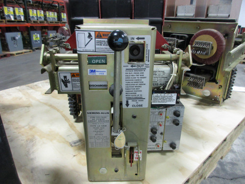 LA-600B Siemens-Allis 600A MO/DO LIG Air Circuit Breaker