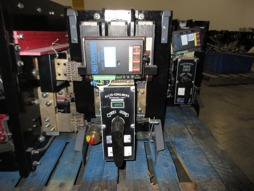G-25 Allis-Chalmers 200A MO/DO LSIG Air Circuit Breaker