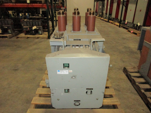 AM-4.16-250-7C GE Magne-Blast 2000A 4.76KV Air Circuit Breaker