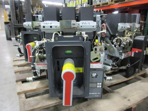 AKR-9D-30S GE 800A MO/DO LSIG Air Circuit Breaker
