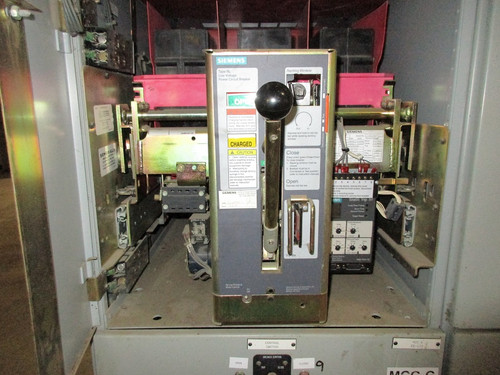 RL-1600 Siemens 1600A EO/DO LSIG Air Circuit Breaker (In Structure)
