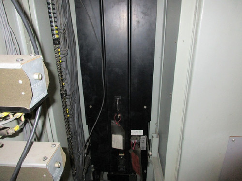 50 DH 75 Westinghouse 1200A 4.76KV Air Circuit Breaker (In Structure)