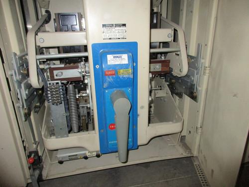 AKU-2A-50 GE 1600A MO/DO Instantaneous Air Circuit Breaker