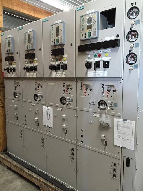 Siemens 8DA10 1250A 38KV SF6 Gas-Insulated Switchgear (#64)