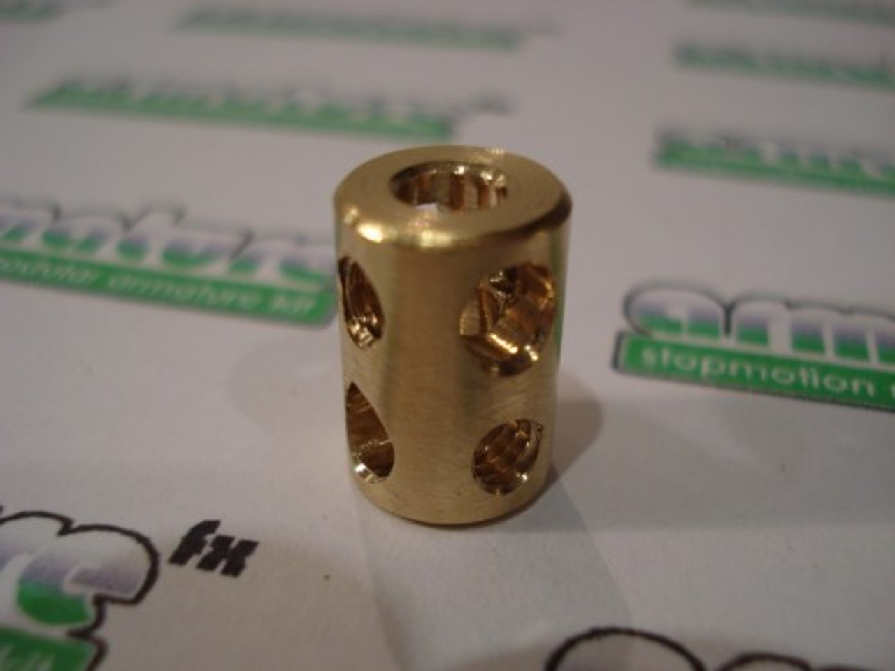 Basic 5 Hole Small Brass Joint