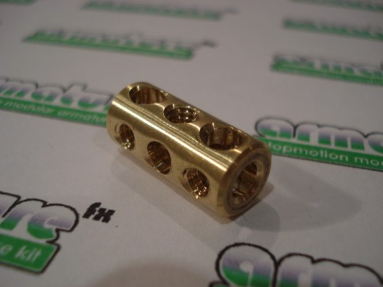 Basic 7 Hole Large Brass Joint
