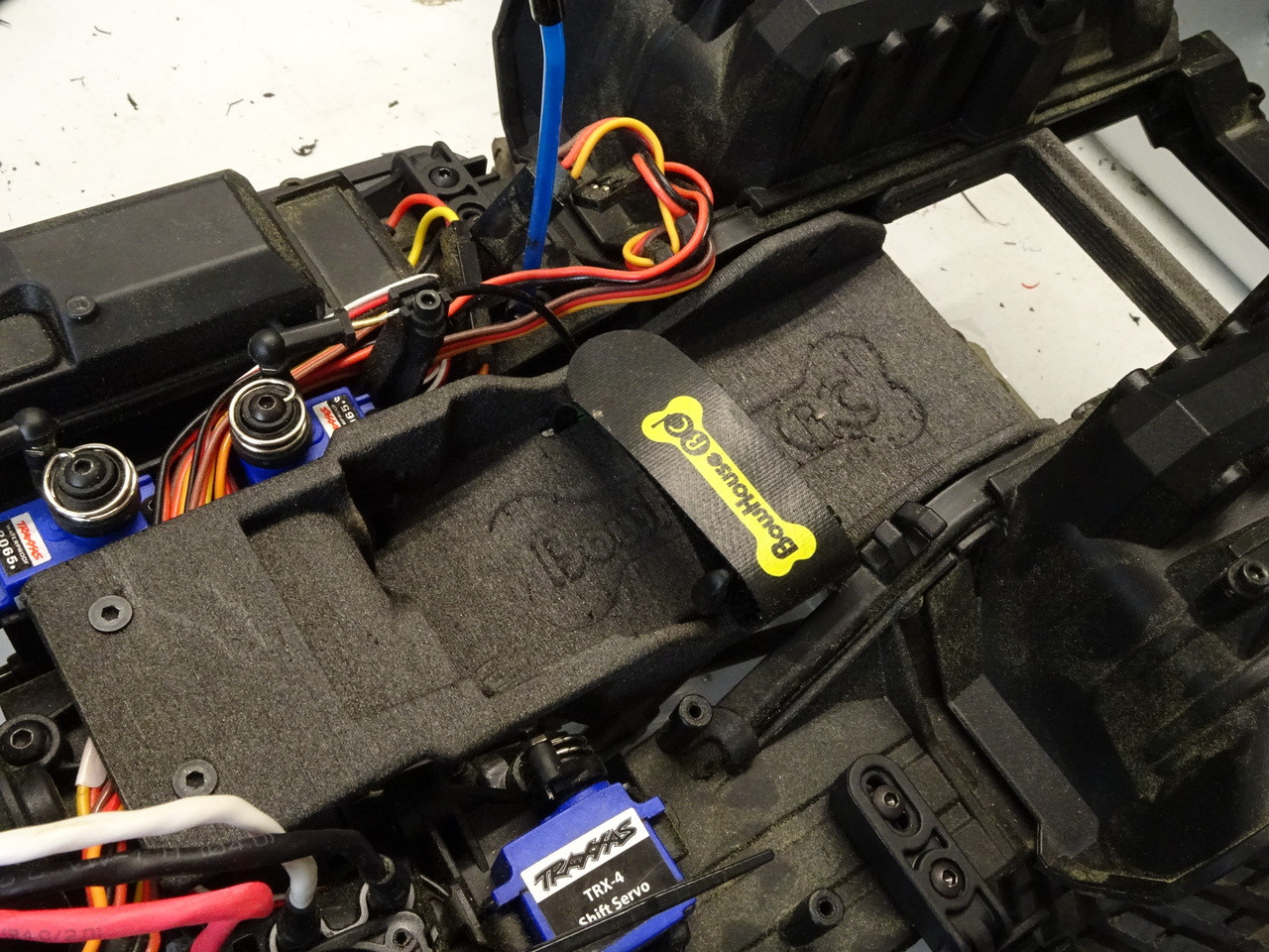 Low Cg Battery Tray For Trx 4 Bowhouse Rc Wiring Box Shown Installed With Strap Optional And Rear Chassis Brace Xl