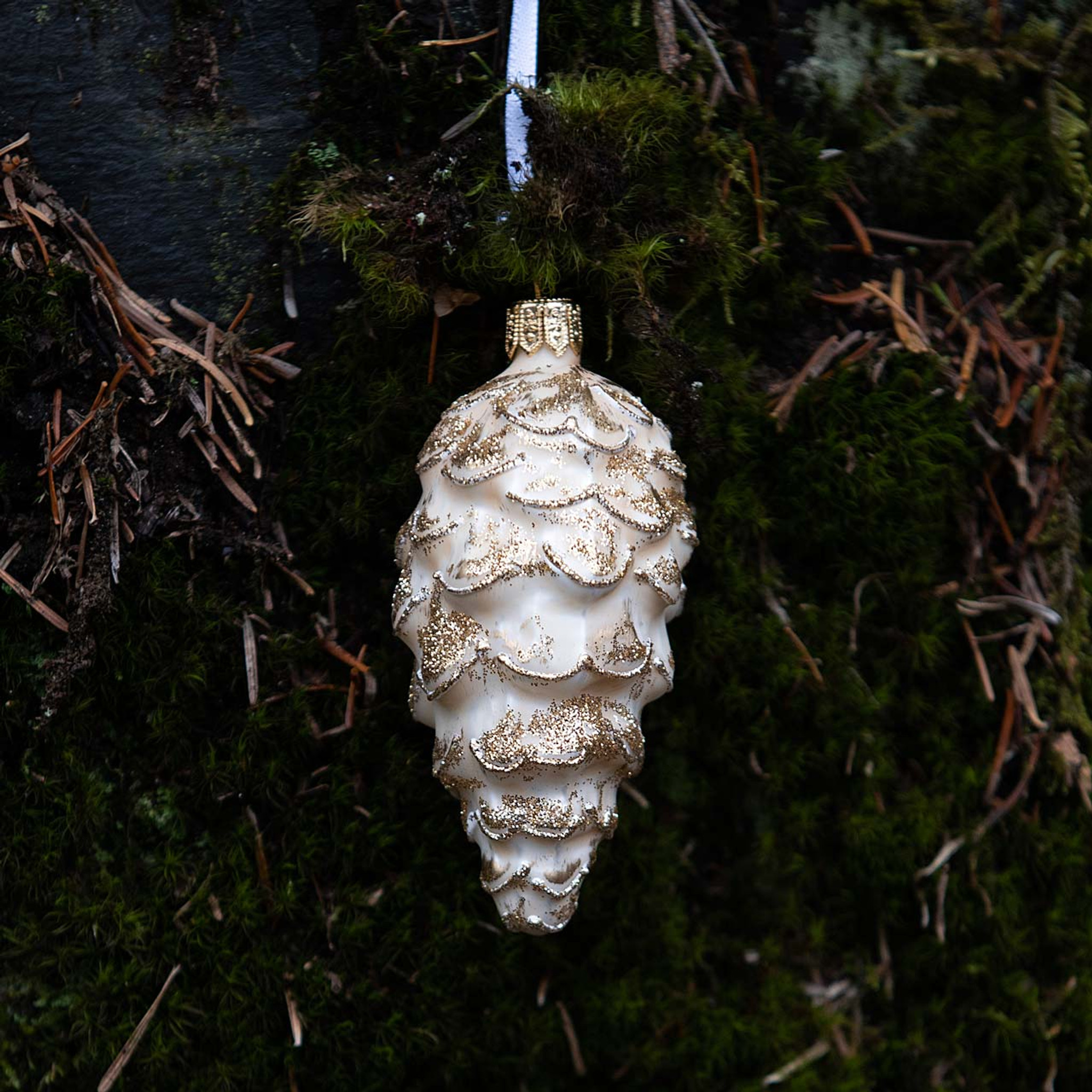Small Bronze Pine cone
