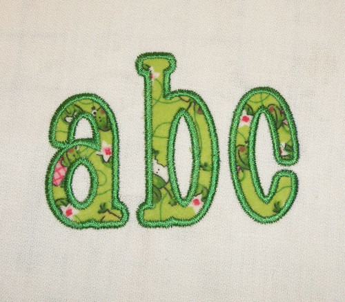 Chachie Applique Machine Embroidery Font