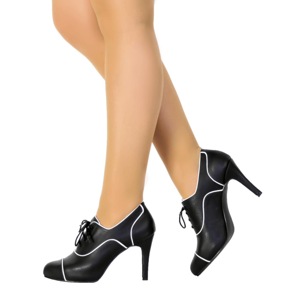 Black & White Mid Heel Bootie I Baxter by Scarlettos