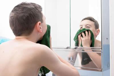 d-spot-teenage-skin.jpg