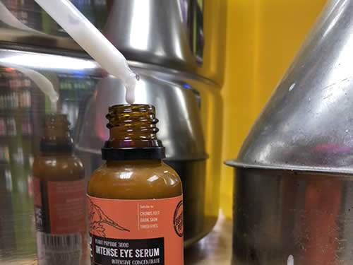 Luxurious Saffron Peptide renewal eye serum