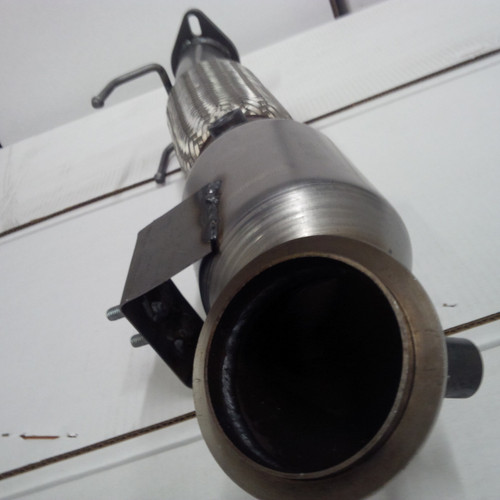 MM59633 Ford Focus ST Metallic Core High Flow Direct Fit Catalytic Converter Down Pipe)-inlet pic