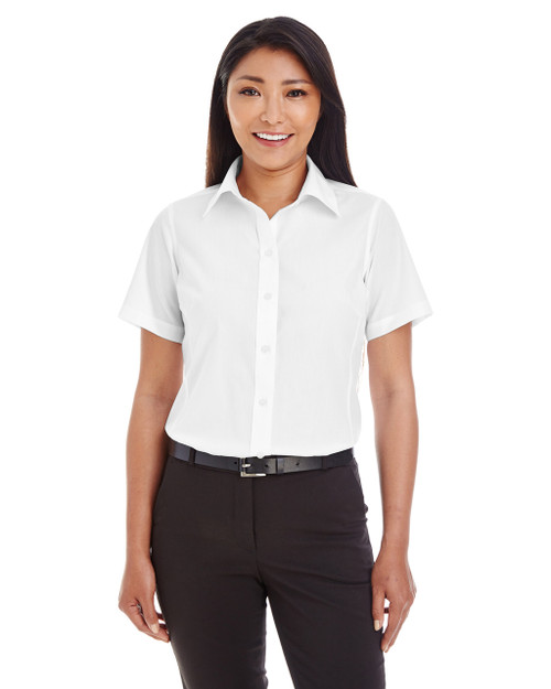 White - D620SW Devon & Jones Ladies' Crown Collection™ Solid Broadcloth Short Sleeve Shirt | Blankclothing.ca