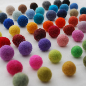 1.5cm Felt Balls