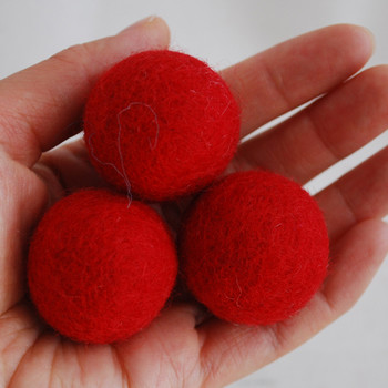 100% Wool Felt Balls - 5 Count - 3cm - Red