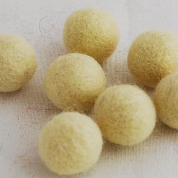 100% Wool Felt Balls - 2.5cm - Cream - 20 Count / 100 Count