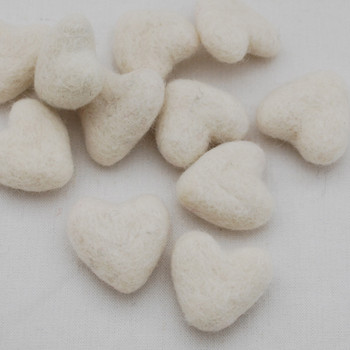 100% Wool Felt Hearts - 5 Count - approx 3cm - Ivory