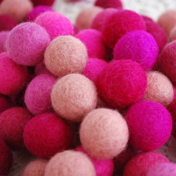 100% Wool Felt Balls - 100 Count - 2cm - Pink Colours