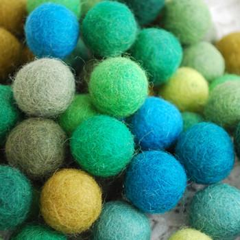 100% Wool Felt Balls - 100 Count - 2cm - Green Colours