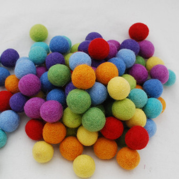 100% Wool Felt Balls - 100 Count - 2.5cm - Rainbow Colours