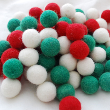 100% Wool Felt Balls - 100 Count - 2cm - Christmas Colours - 01