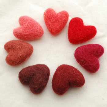 100% Wool Felt Hearts - 7 Count - approx 3cm - Red Colours
